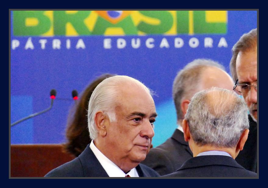 Presidente do PR, Antonio Carlos Rodrigues se entrega à Polícia Federal